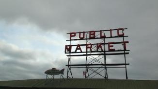 Public Market again. Seattle is just as foggy as SF.
